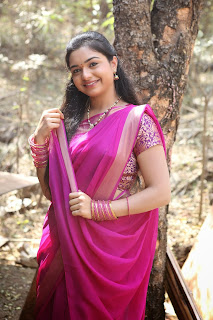 Yamini Latest Cute Stills (20).jpg
