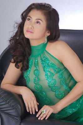 Myanmar Celebrities: Sexy Pose- Moe Hay Ko