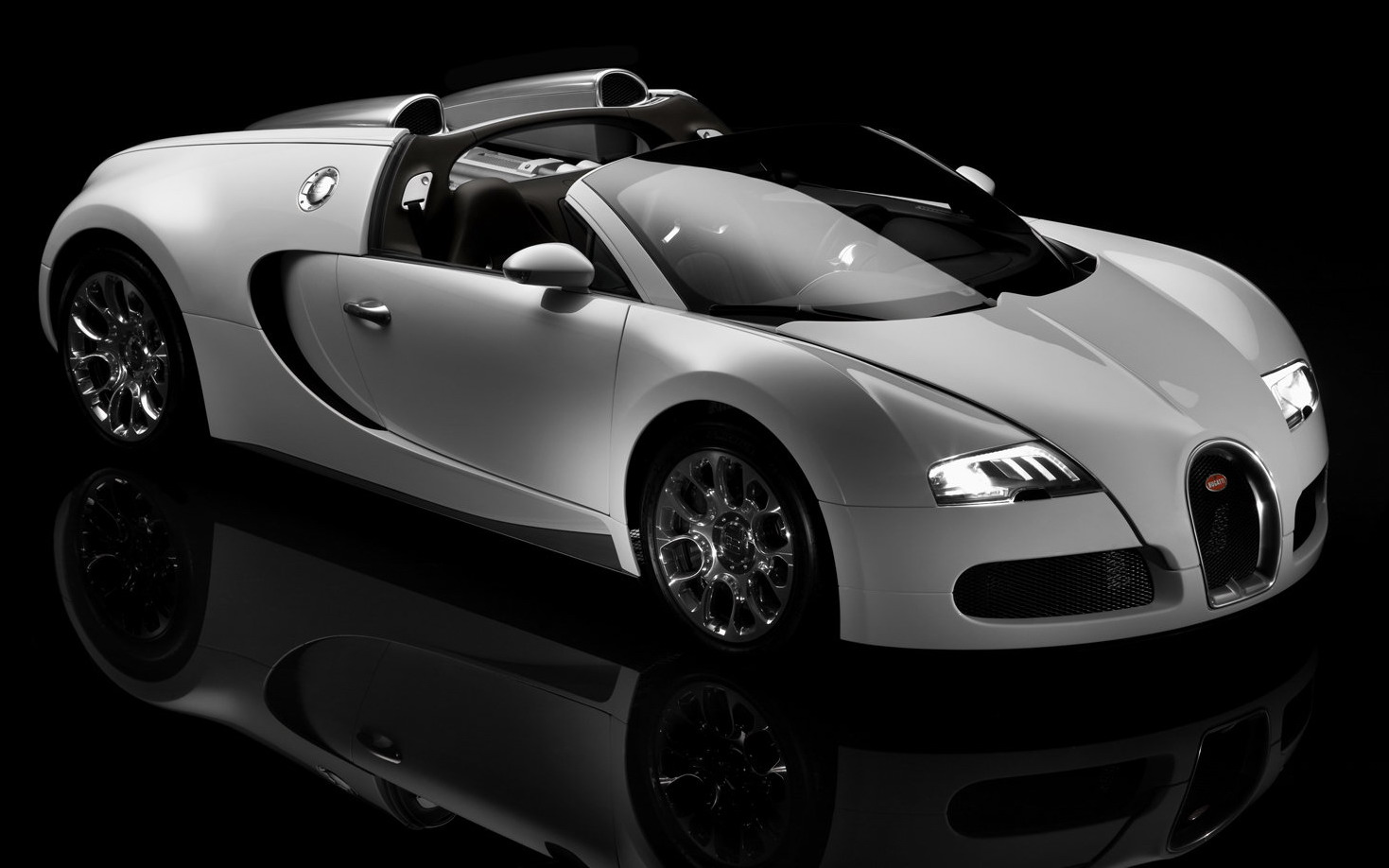 history of bugatti veyron supersport otomild. Black Bedroom Furniture Sets. Home Design Ideas