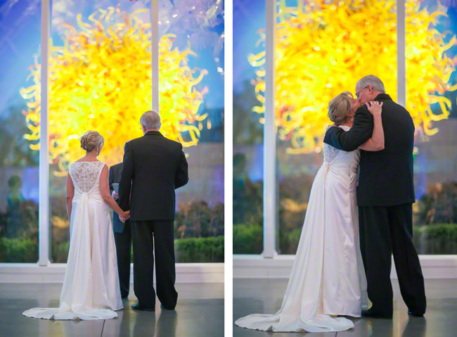 chihuly garden and glass wedding ceremony seattle