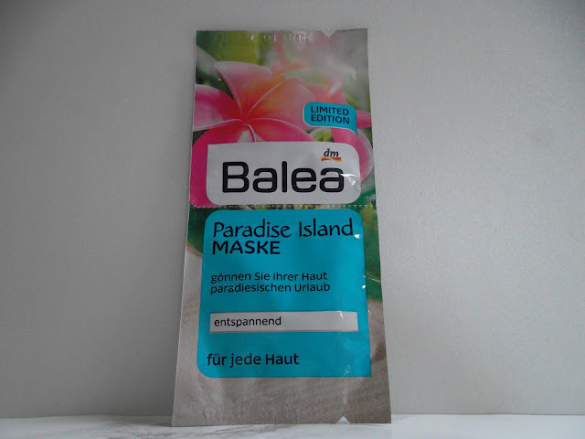 http://www.verodoesthis.be/2015/09/julie-balea-paradise-island-masker.html