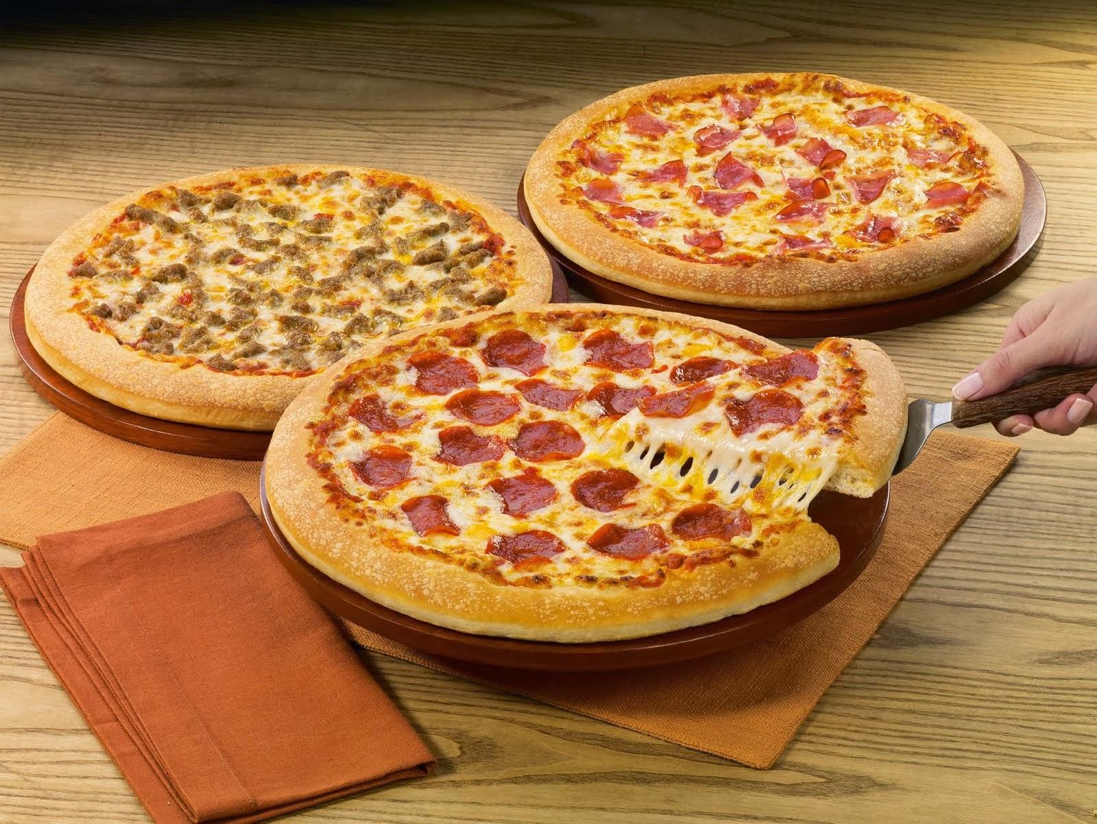 Pizza de fora, nem pensar!!! Comer é bom demais!!!
