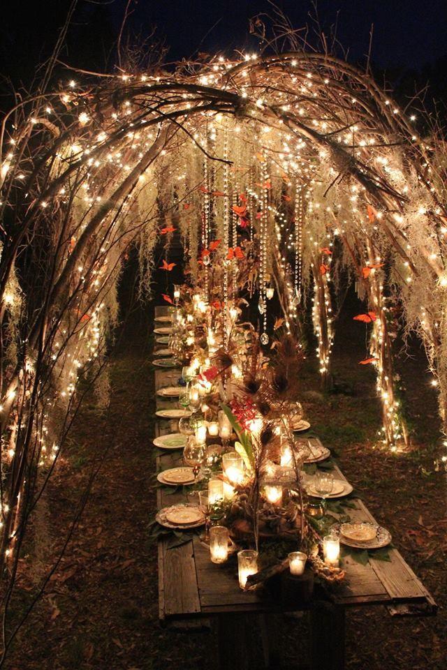 ideas-boda-verano-tropical-wedding-palmera-piña-fiestas-navy-nautical-marinero luces guirnalda velas chillout canotier pamela cinturon flores pendiente