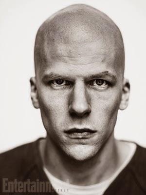 Site mostra Jesse Eisenberg careca, caracterizado como Lex Luthor
