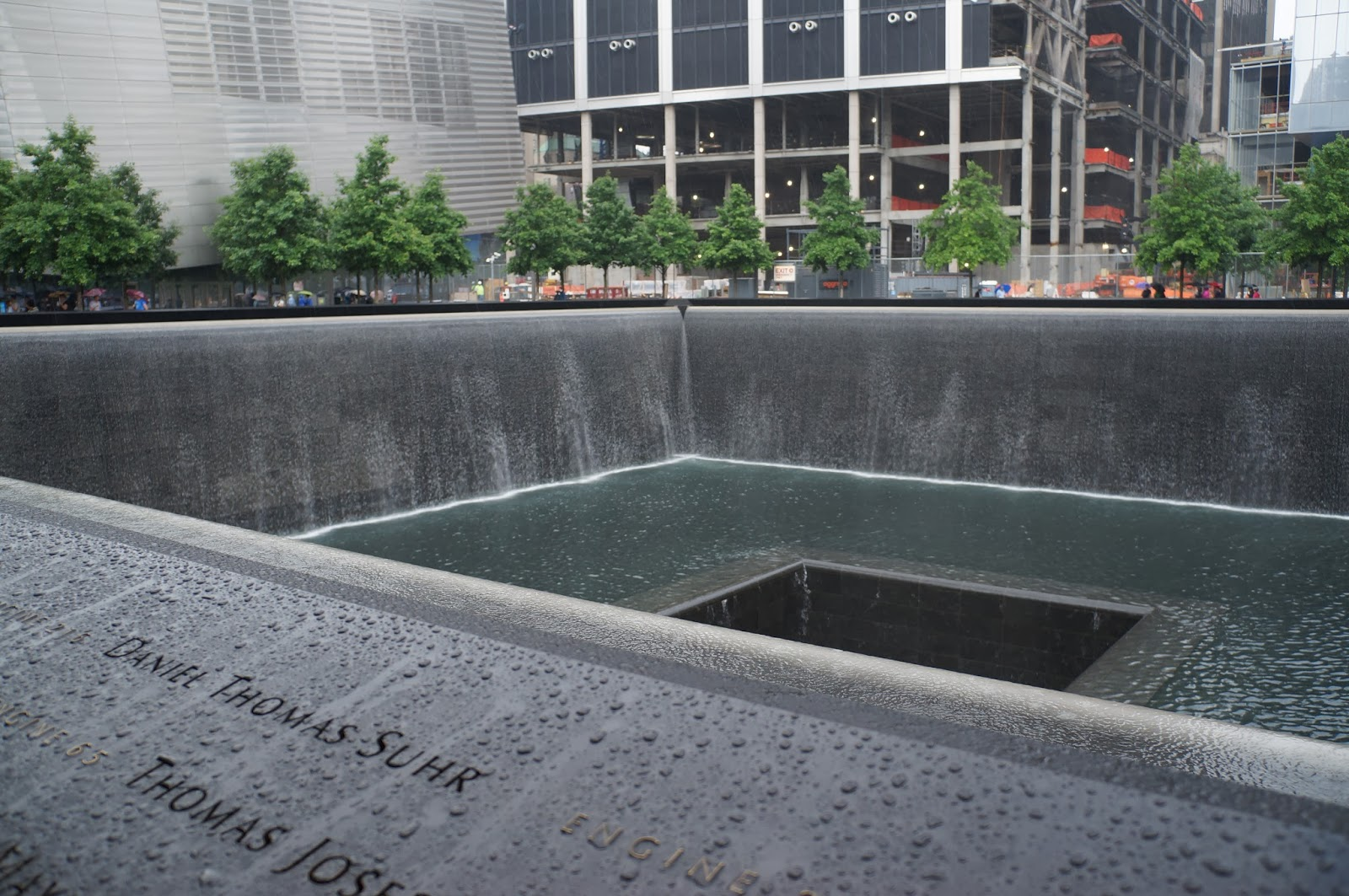 9/11 memorial, ground zero, fountains, holes, squares, names, twin towers, world trade center, centre, NYC, New York, 10 free things to do, free things to do in NYC, travel, New York, explore, adventures, photography, usa, tourism, tourists,