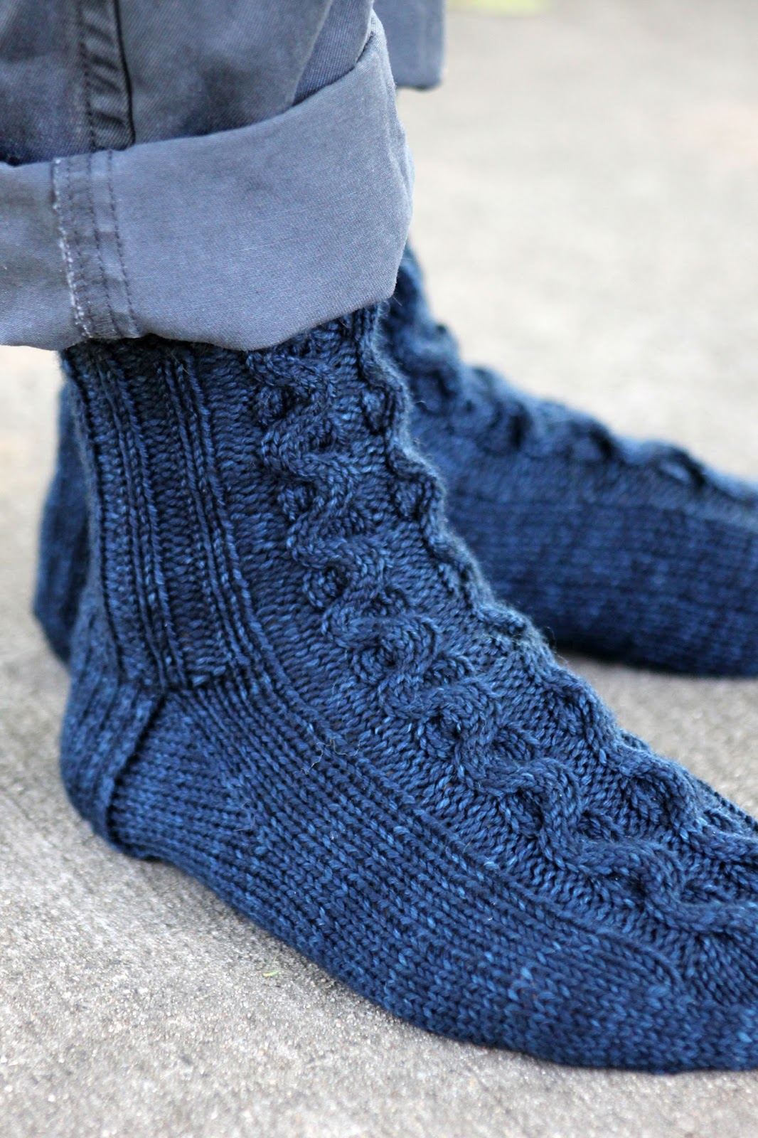 Balls to the Walls Knits: Ribbon Cable Socks