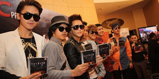 Album Terbaru Smash Step Forward