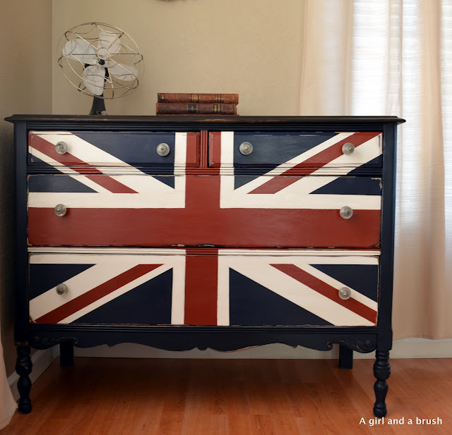  Union Jack dresser