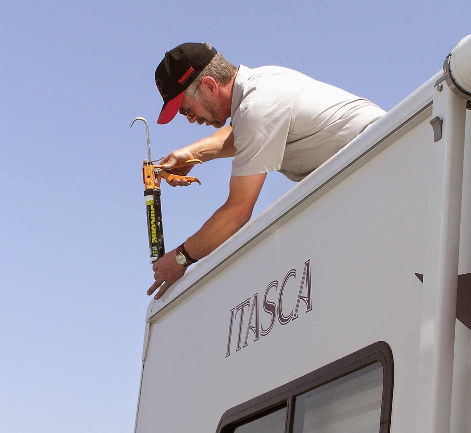 la mesa rv is hiring techs experience life la mesa rv was d as one of the top 50 rv dealers by rv business for 2014