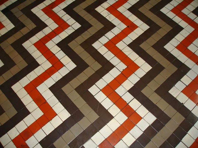 Patterns made of simple tiles, colorful tiles