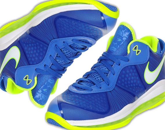 lebron 8 sprite. Nike LeBron 8 V/2 Low #39;Sprite#39;
