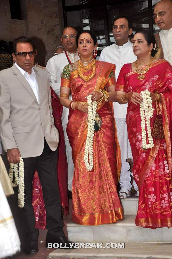 Dharmendra, Hema Malini - (4) - Esha Deol Wedding Pics 2012 - Full Set