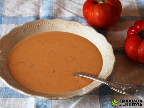 Sopa griega de tomate y yogurt Receta