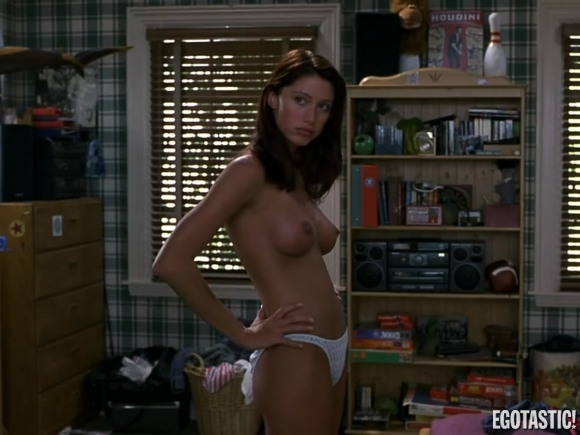 Shannon Elizabeth Sex Scene in American Pie - YouTube