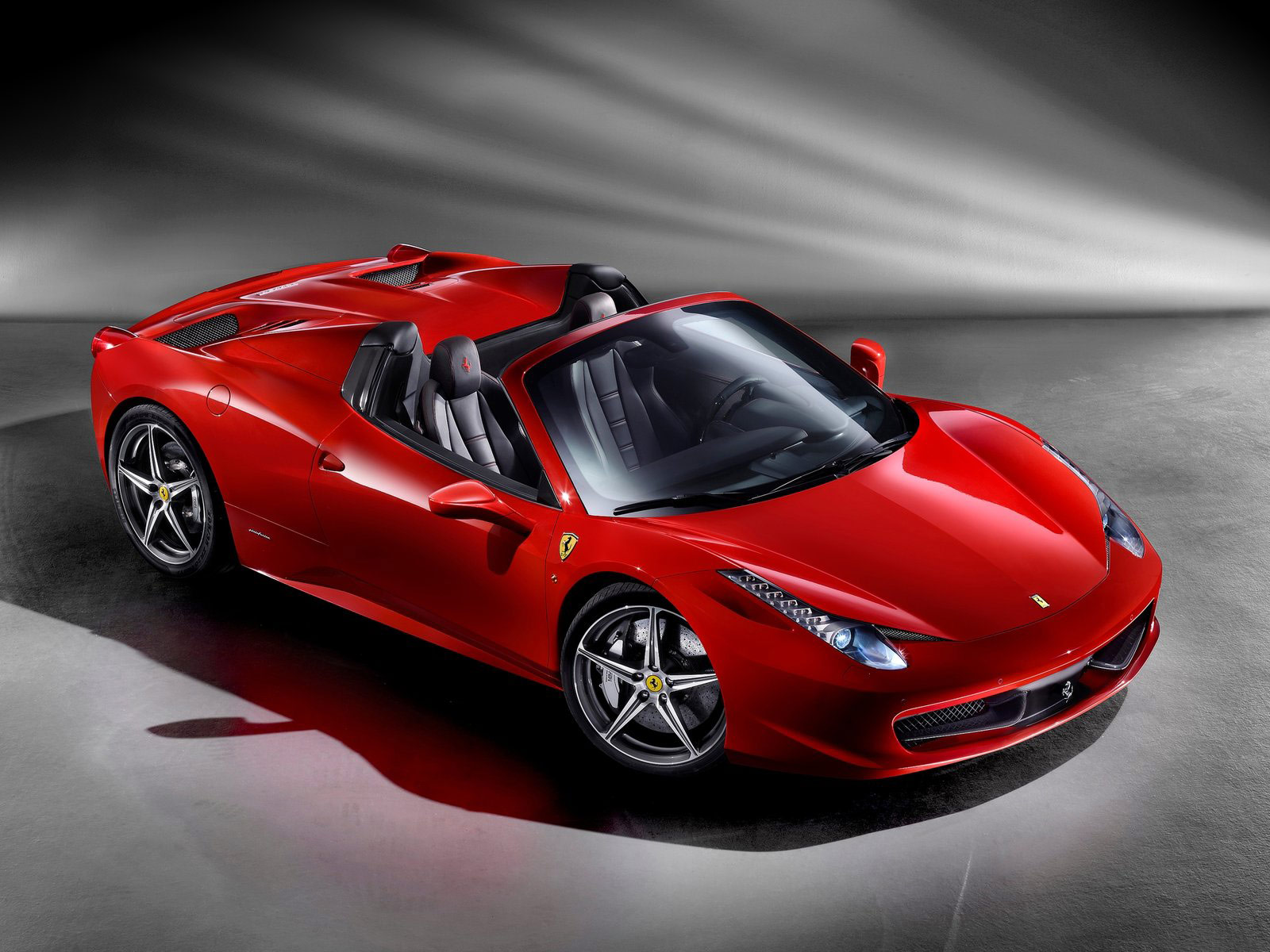 foto mobil sport ferrari 458 spider 2013. Black Bedroom Furniture Sets. Home Design Ideas