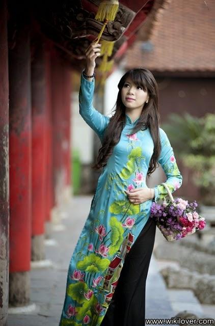 Vietnamese Miss Travel Duong Thi Ha Giang