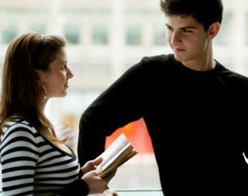 Cara Jitu Berkenalan Dengan Wanita - tips jitu memikat hati cewe lengkap