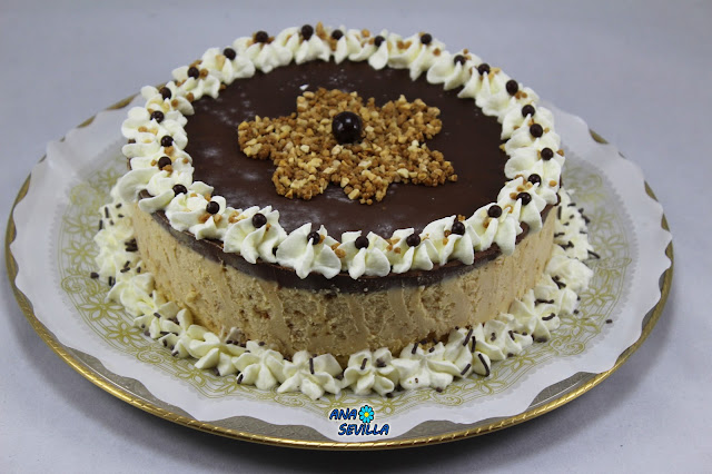 Tarta helada de turrón y chocolate Ana Sevilla cocina tradicional