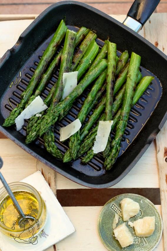 grillowane szparagi przepis