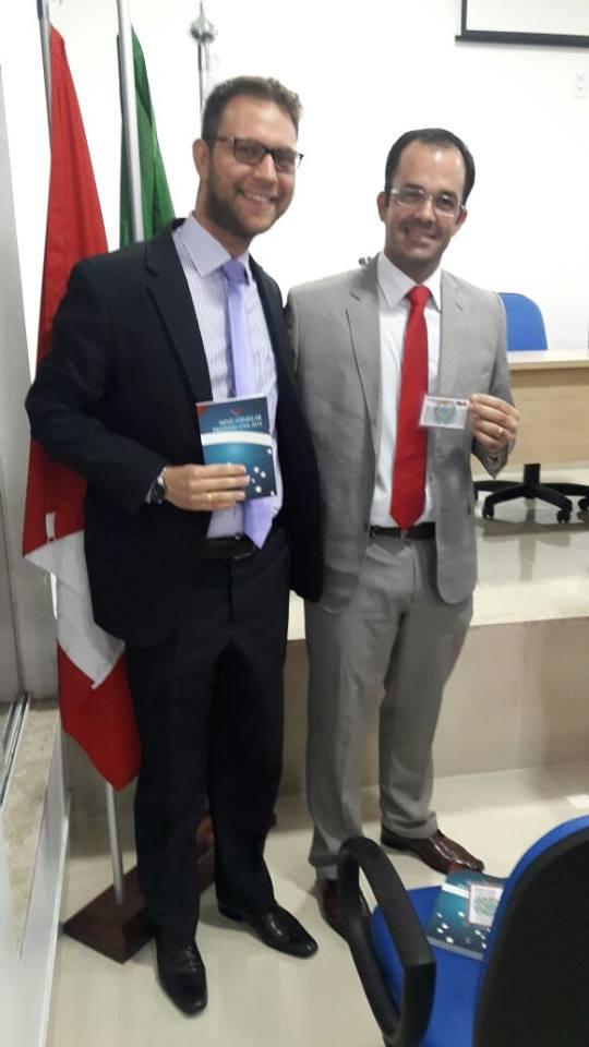 Vagner Brandão Montalvão - Recebendo Carteira OAB