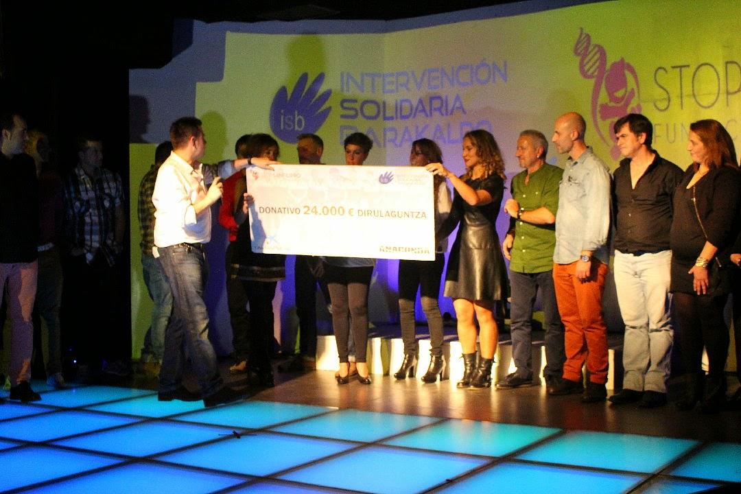 Los policías de Barakaldo entregan 24.000 euros de donativos en favor de Stop Sanfilippo