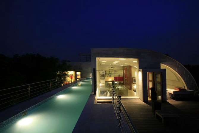 Ihomee futuristic residence with luxury interior exterior for Terrace india
