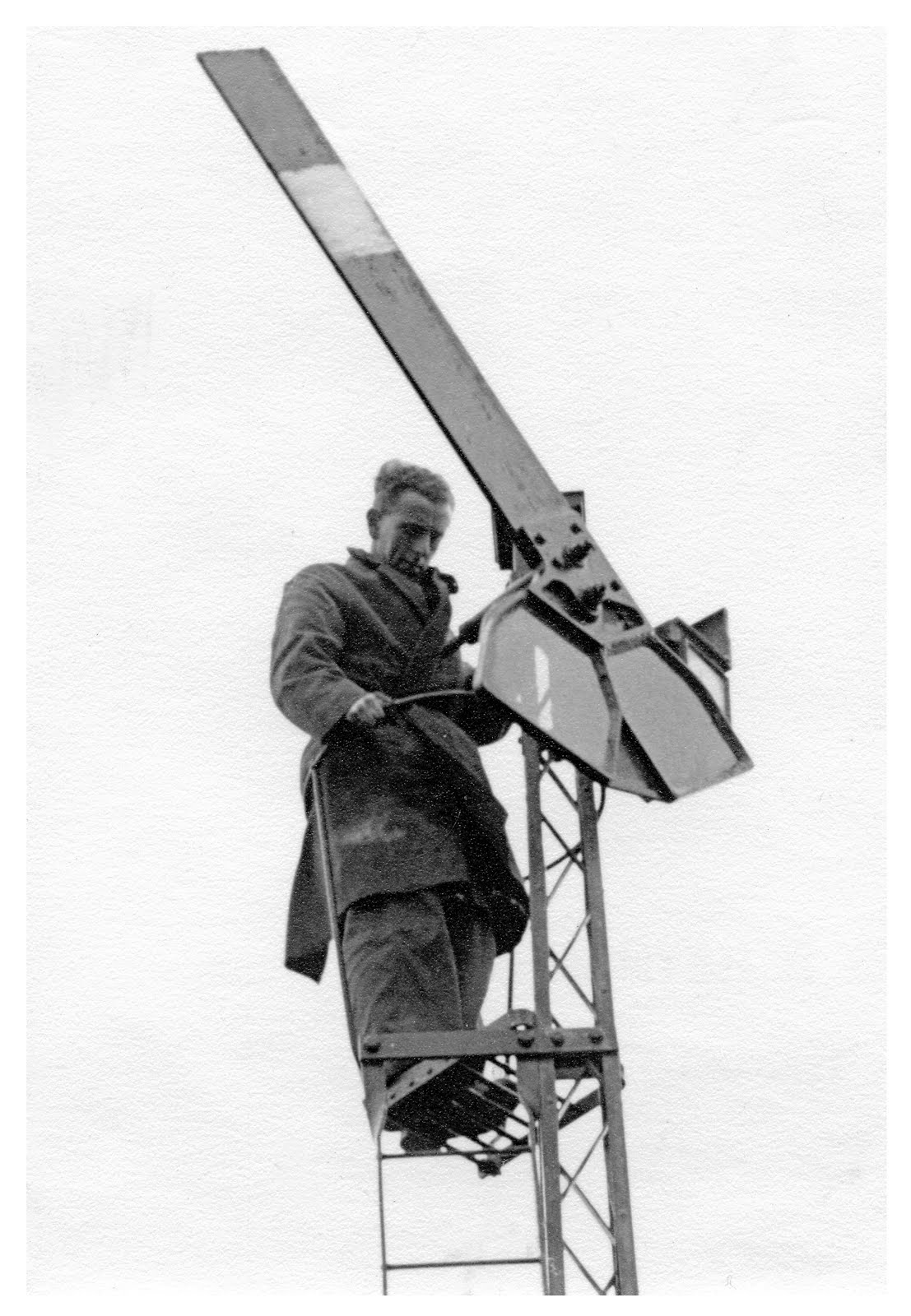 Brockhurst signal post