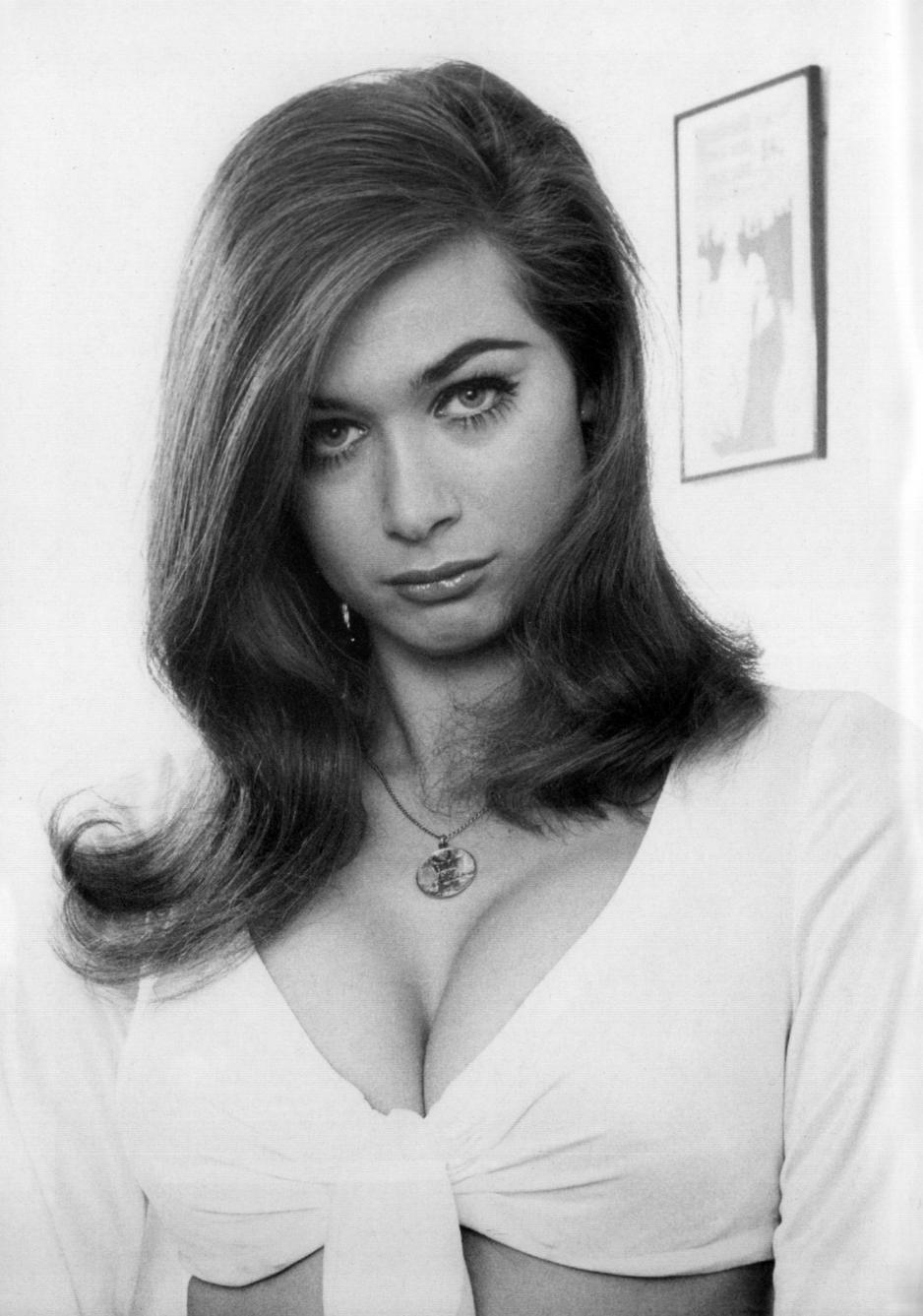 Valerie Leon nude (18 photo), Topless, Paparazzi, Instagram, legs 2017