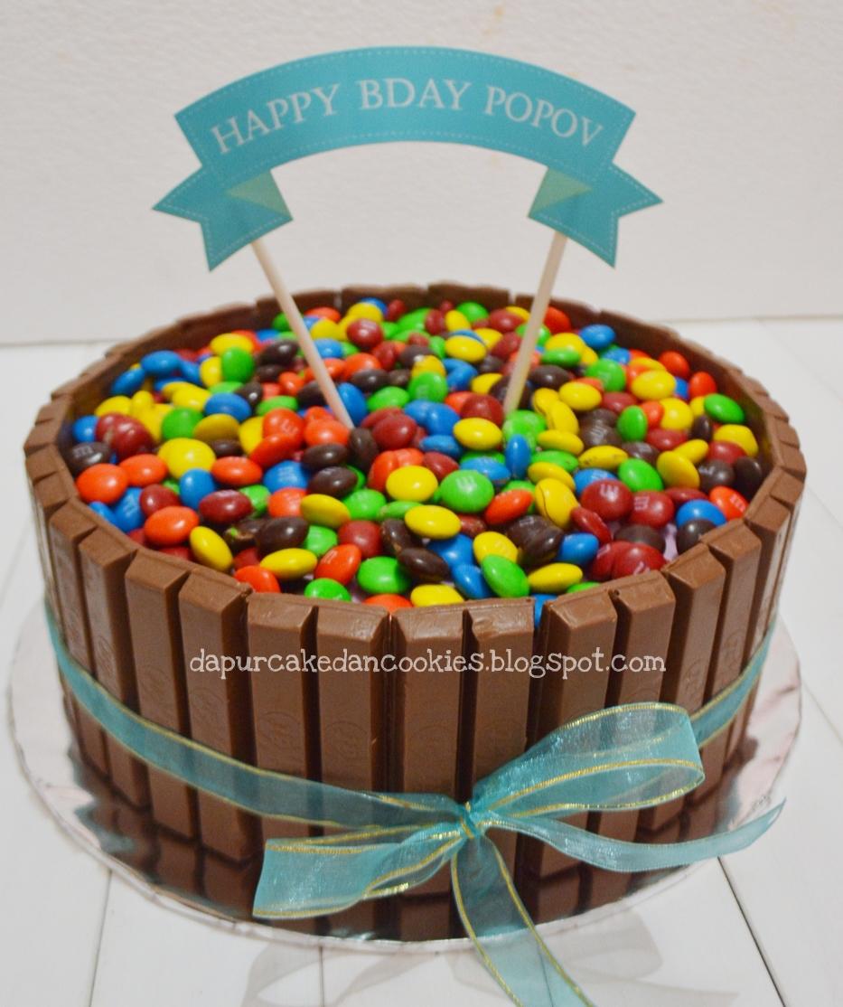 DAPUR CAKE DAN COOKIES KITKAT BIRTHDAY CAKE FOR POPOV