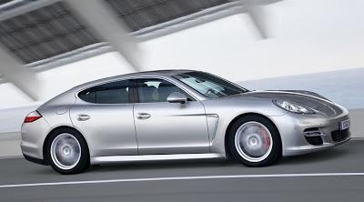Silver Color Porsche Panamera Turbo Wallpaper