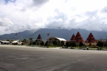Bandara Sentani Jayapura Papua. ZonaAero