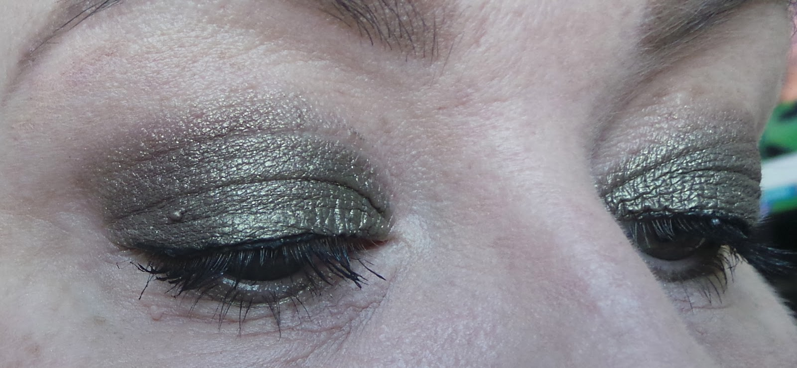 Armani Eye Tints review-06 Green Iron and 10 Senso
