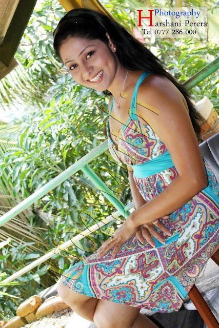 Srilankan Sexy Models: Udayanthi Kulathunga New Photos Udayanthi Kulathunga Hot