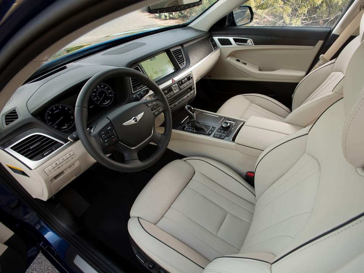 Hyundai Genesis 2016 - interior
