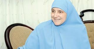 السيدة نجلاء قرينة الرئيس محمد مرسى