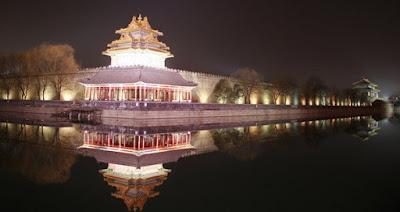 5 Istana Paling Angker di Dunia