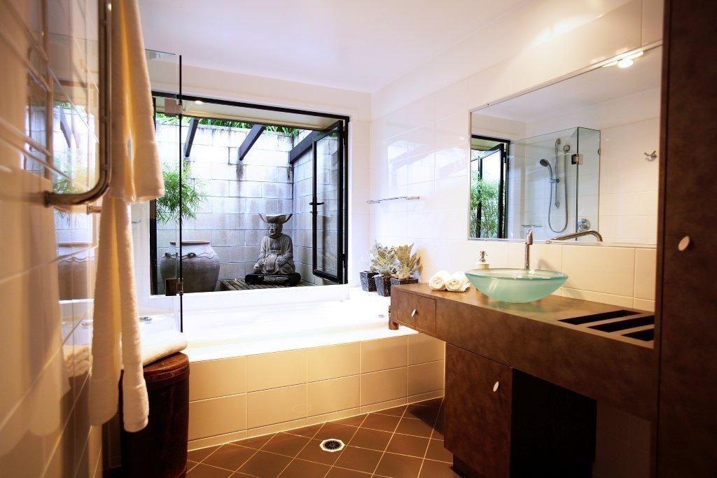 Charcoal interiors style in the city best luxury for Best bathrooms on the road