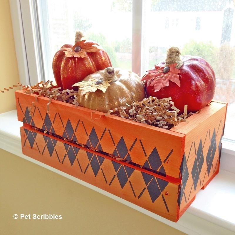 Fall Decor: Stenciled Wood Crate #plaidcrafts #falldecor