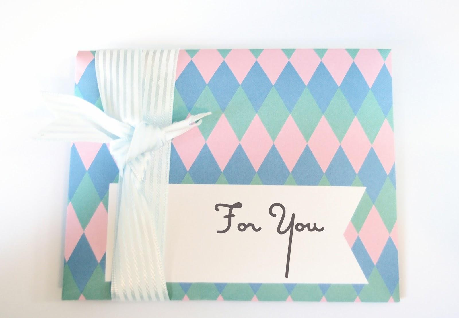 Snail mail letter and gift. Nassae Ithilwen.