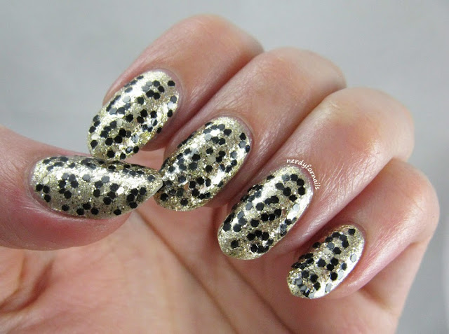 30 Days of Colour Glitter Animal Print Leopard Glitter Placement