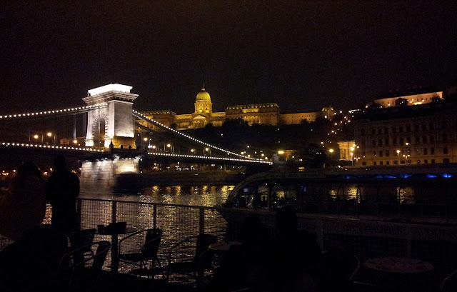 rio_Danubio_de_noche