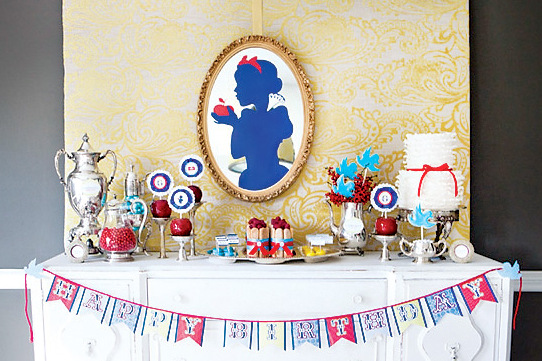 Party Frosting: Snow White party ideas/inspiration