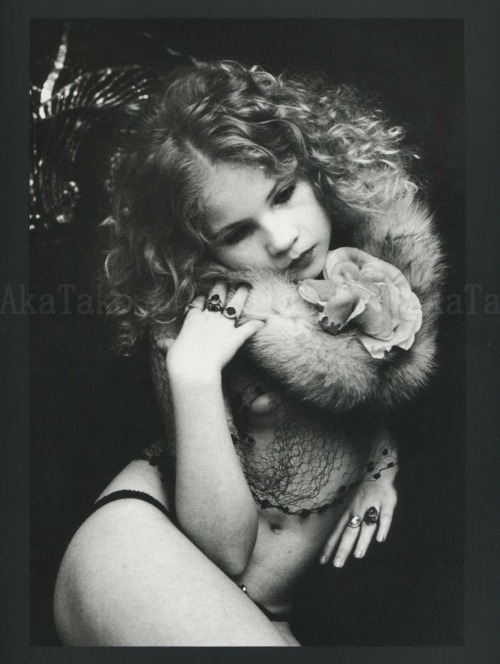 Eva Ionesco Photo Gallery http://soisbelle1.blogspot.com/2012/01/my-little-princess-eva-ionesco.html