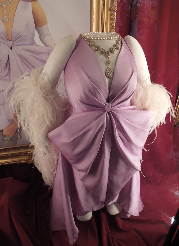 The Muppets Miss Piggy finale gown