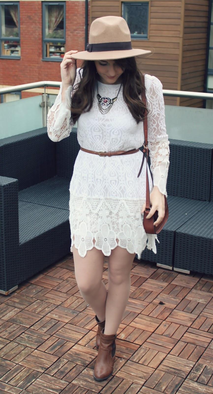 Bohemian-style-white-lace-boohoo-dress