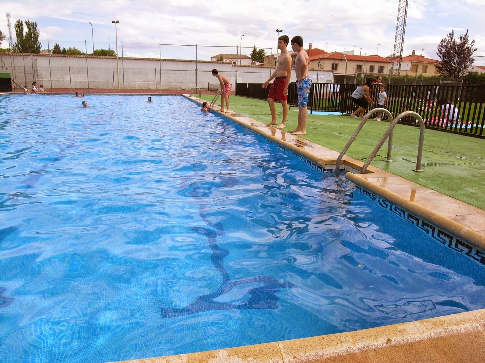 inaugurada la temporada de piscina en villanueva de los