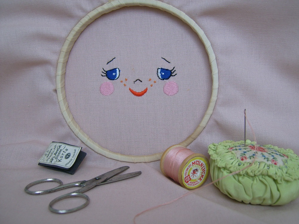 Flora Fina Dolls Flora Fina Doll Face Machine Embroidery
