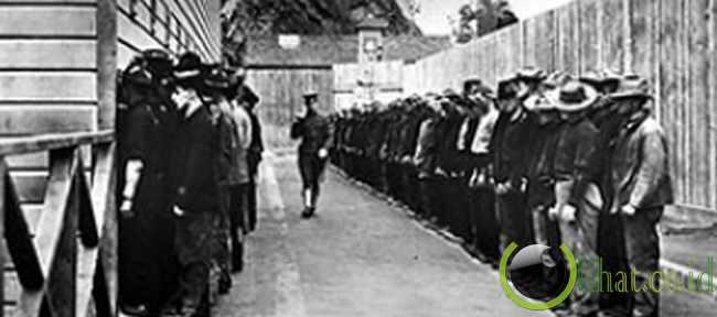 Tahanan pertama Alcatraz adalah seorang militer