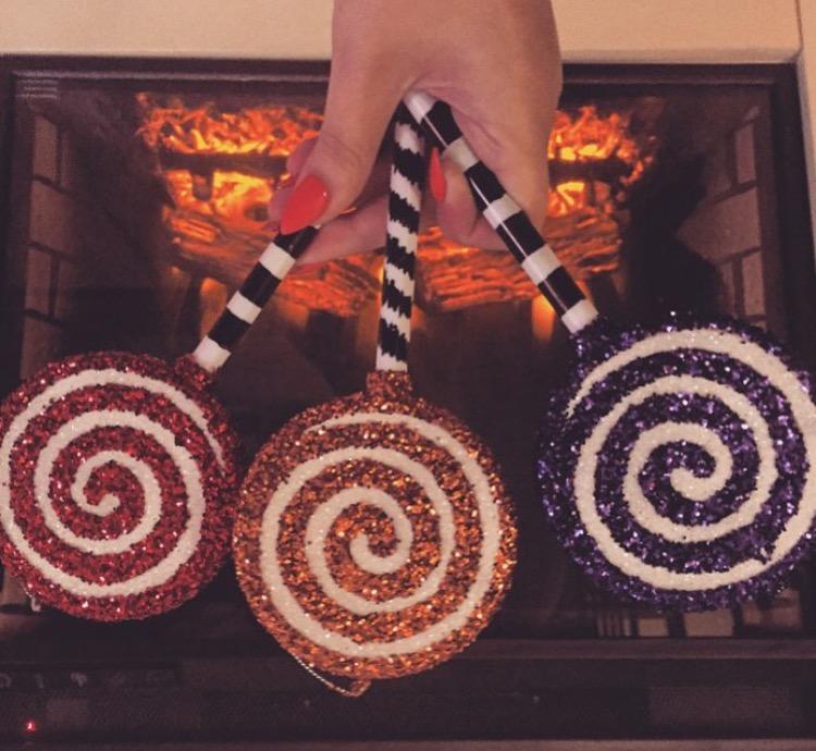 Blogs of art diy nightmare before christmas glitter lollipop ornaments solutioingenieria Choice Image