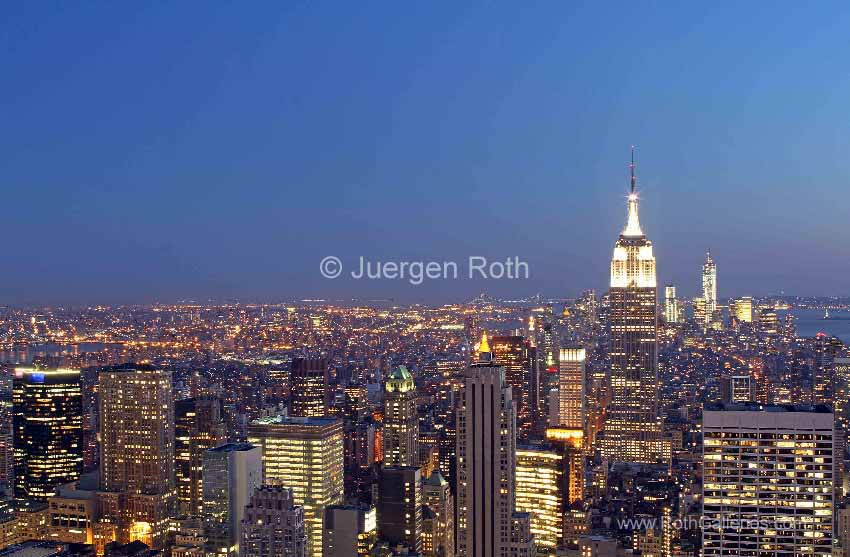 http://juergenroth.photoshelter.com/gallery-image/New-York-City/G0000WjgrhdYM2Kc/I0000TB4IjmtwLe8